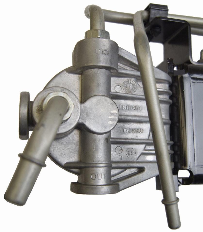 2004 2009 topkick kodiak t6500 t8500 fuel filter w bracket. Black Bedroom Furniture Sets. Home Design Ideas