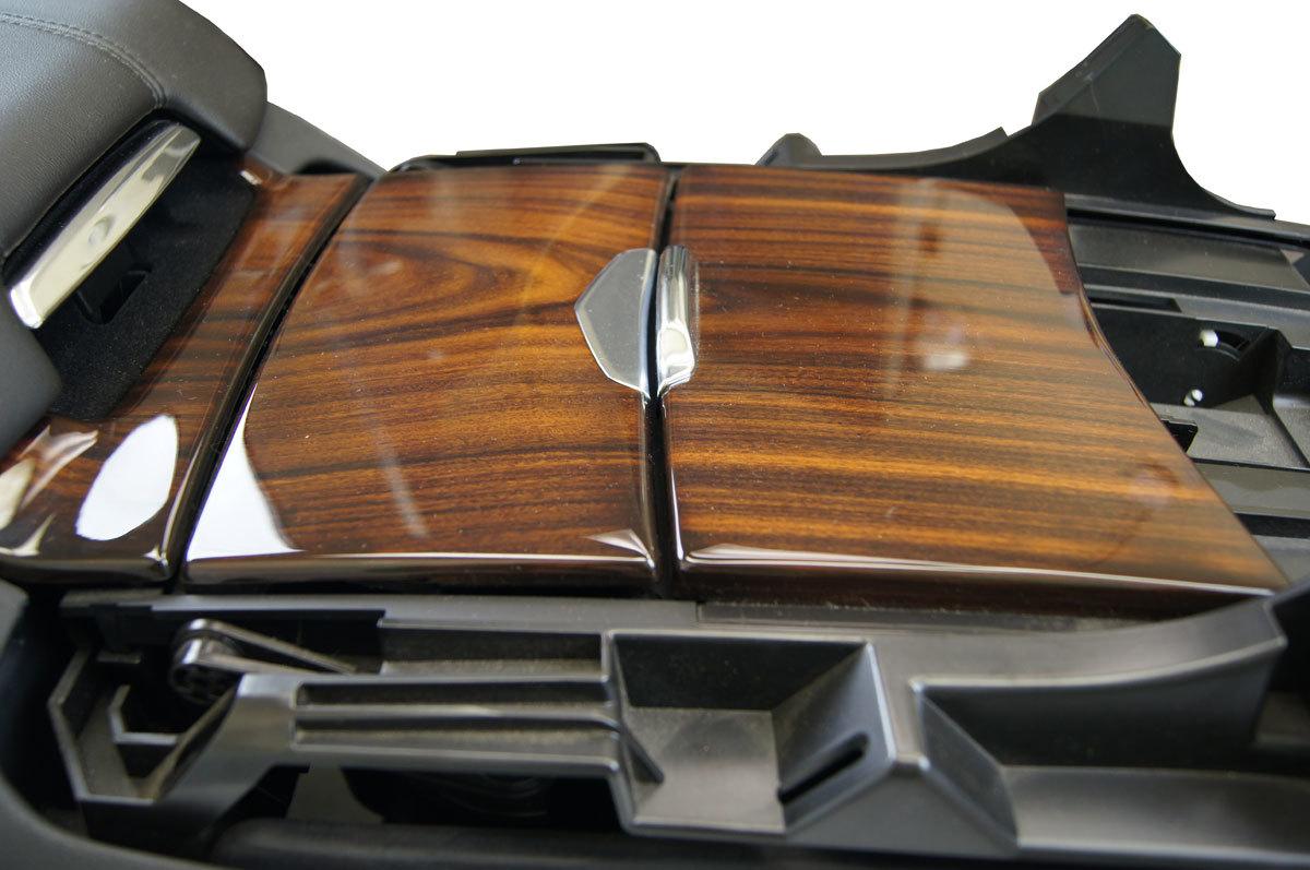 Cadillac escalade center console black w woodgrain
