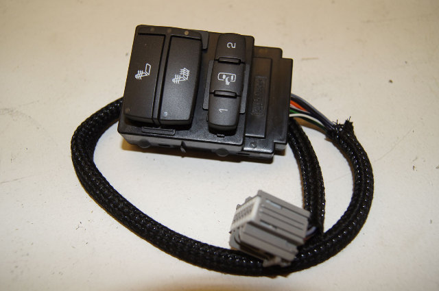 08 09 hummer h2 lh drivers side door panel seat heater switch