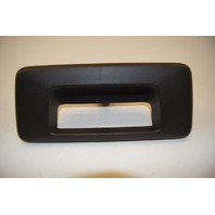 09-10 Hummer H3T Tailgate Tail Gate Handle Bezel