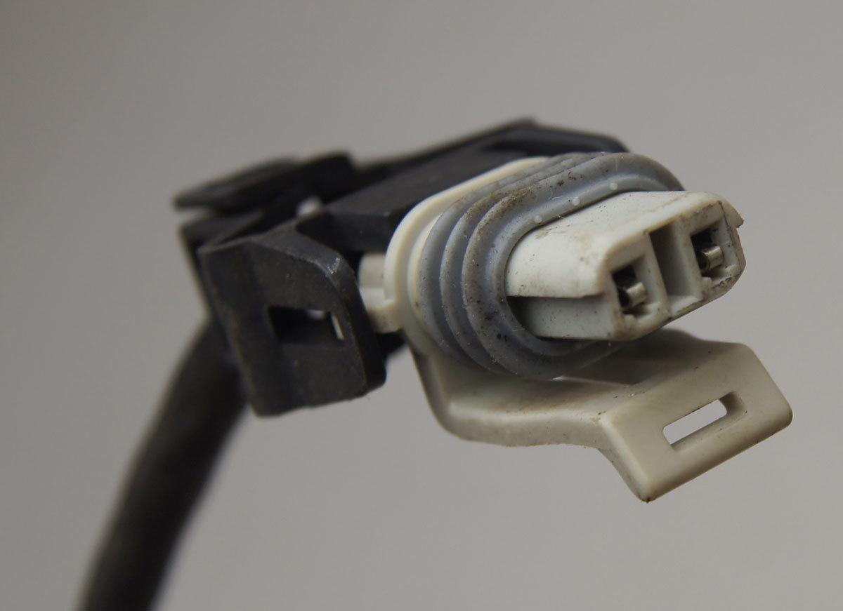 2005-2013 corvette c6 brake speed sensor wire harness used 15248662  10327173