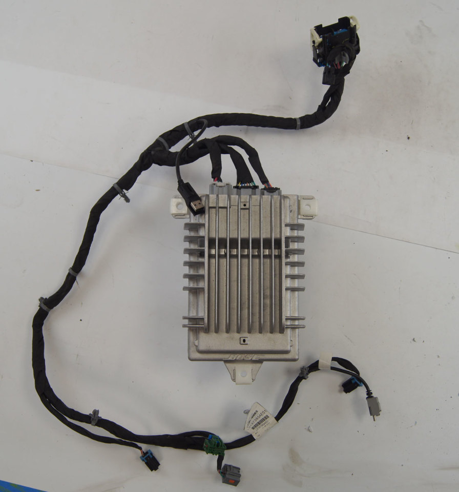 [SCHEMATICS_4PO]  07-14 Escalade Tahoe Yukon Bose Amplifier W/Wire Harness Used 20811234  13927753 | Factory OEM Parts | Bose Wiring Harness |  | Factory OEM Parts