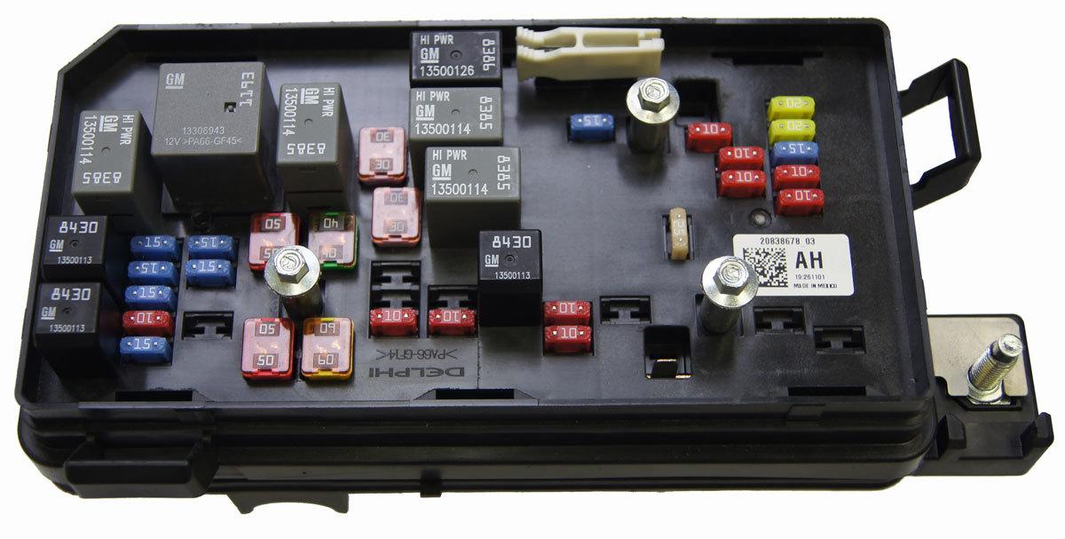 2008 2011 cadillac dts buick lucerne fuse block box new. Black Bedroom Furniture Sets. Home Design Ideas