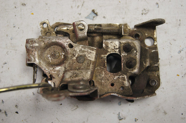 1988-1996 Chevy Corvette C4 Left LH Driver Door Lock Used ...