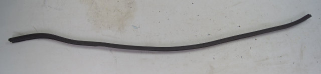 1997-2004 Chevy Corvette C5 Rear Hood Weatherstrip Seal Used OEM 10270456