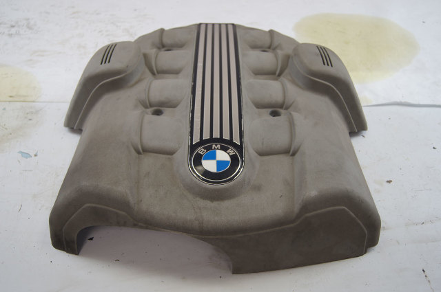 2002-2005 BMW E-Series E65 E66 745i 745Li 7-Series Engine Cover Used 11617511559