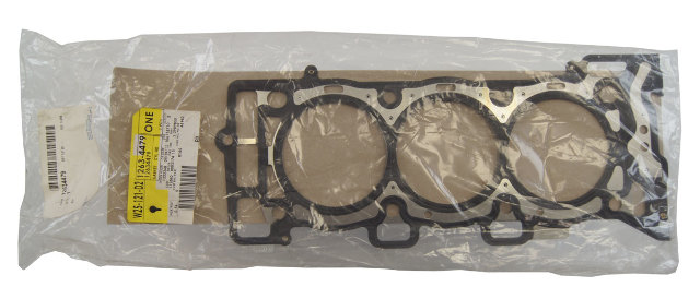 Gm Right Rh Head Gasket V Engines New Oem on 04 mitsubishi galant remote