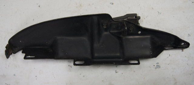1984-1996 Chevy Corvette C4 Left Fender Reinforcement Bracket Used 14043025
