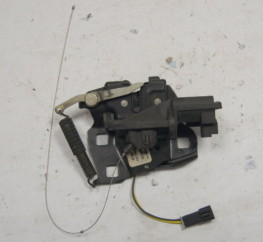 1997-04 Chevy Corvette C5 Left Or Right Rear Hatch Latch Only Used 16638796