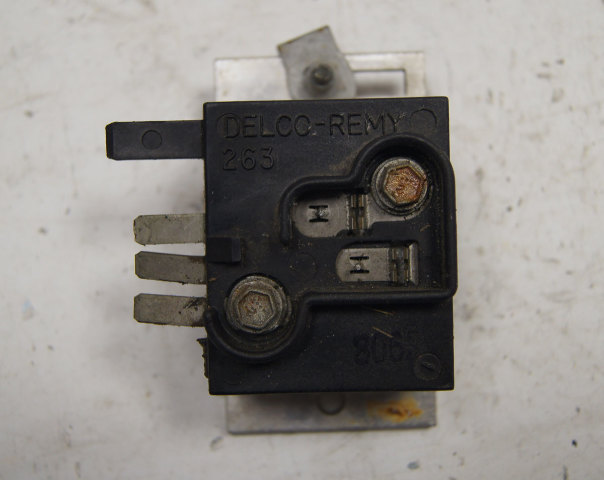 1990-1993 Chevy Corvette C4 Dash Lights Dimmer Transistor Used 1986902-2