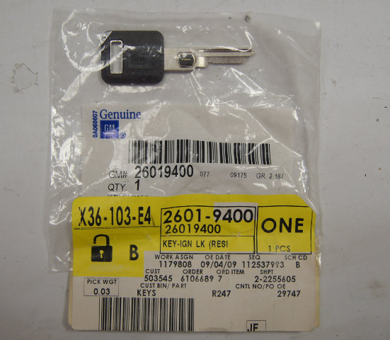 1986-2002 GM Uncut Blank Key W/Chip New OEM 26019400 26012110 595520AD1