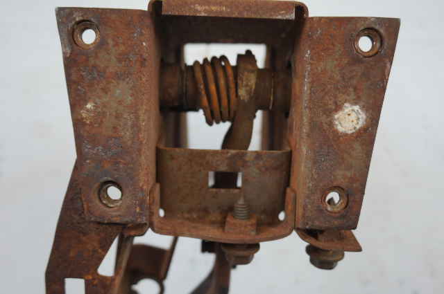1976-1982 Chevy Corvette C3 Automatic Brake Pedal Assembly Used 3923669C