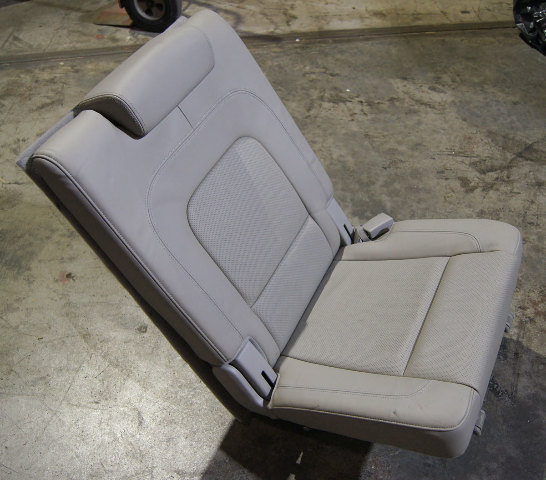 2007-2012 Hyundai Veracruz 3rd Row Right Seat Gray Leather Used OEM