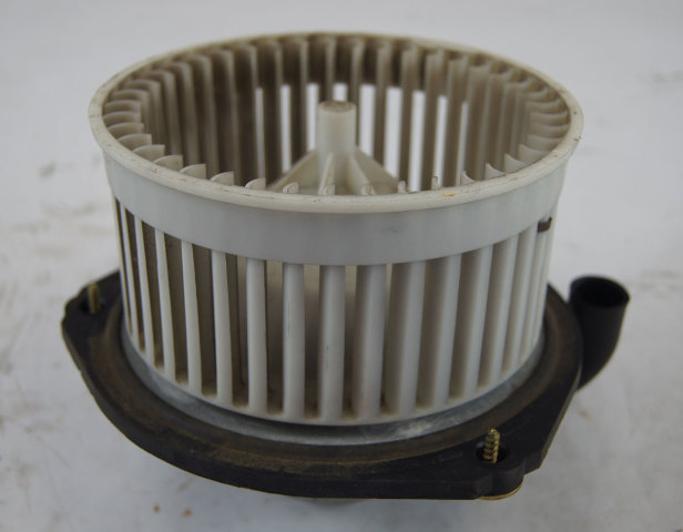 1997 2004 Chevy Corvette C5 Hvac Fan Blower Used Manual A C 52481315