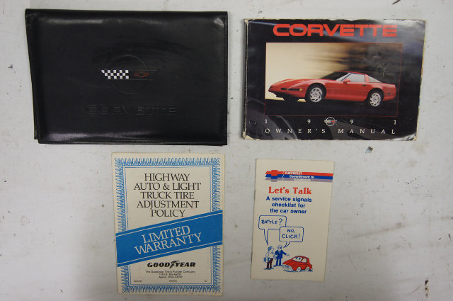 1991 Chevy Corvette C4 Owners Manual Used W/Black Case