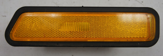1983-1991 Porsche 944 Front Left Sidemarker Lamp Amber Used 94463141100