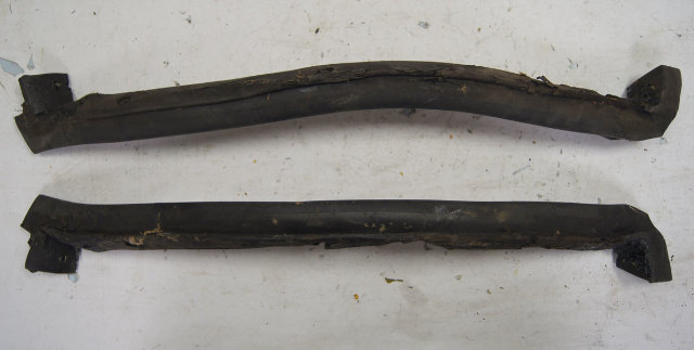1984-1996 Chevy Corvette C4 Targa Top Weatherstrips Pair LH & RH Used OEM