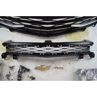 2016-2018 Chevy Camaro Grille Package Silver Ice Metallic W/Bowtie & RS 84160082